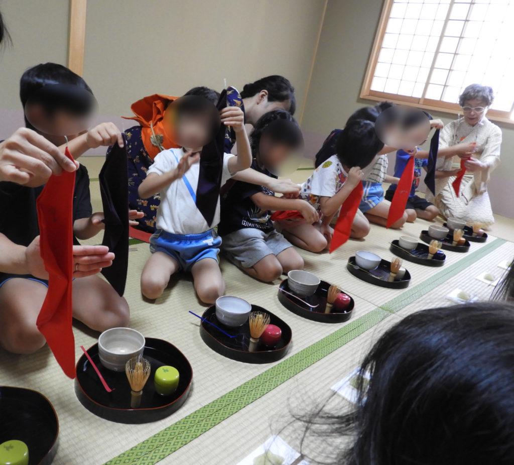 こぐま保育園 お茶教室6(ひかり)