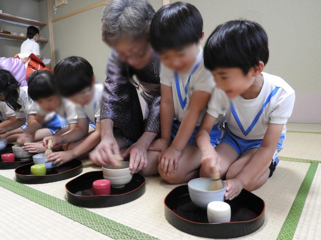 こぐま保育園 お茶教室2(ひかり)