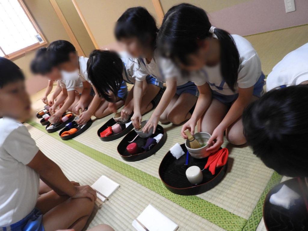 こぐま保育園 お茶教室11(ひかり)