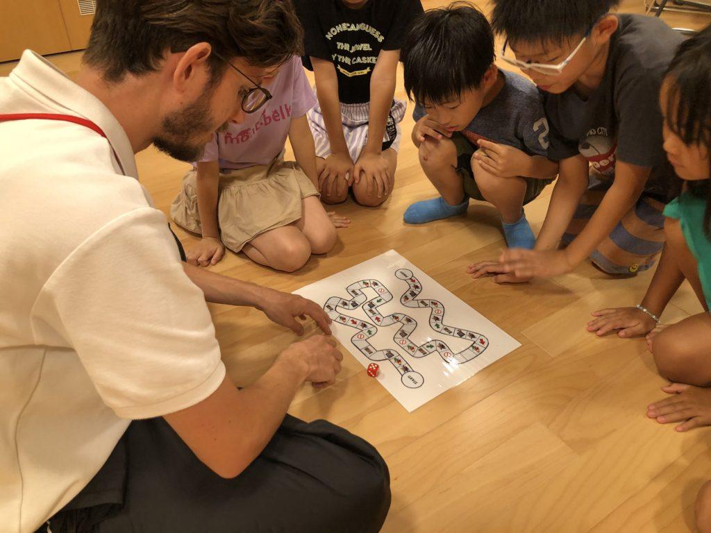 学童保育と学習教室が合わさったアフタースクールとは