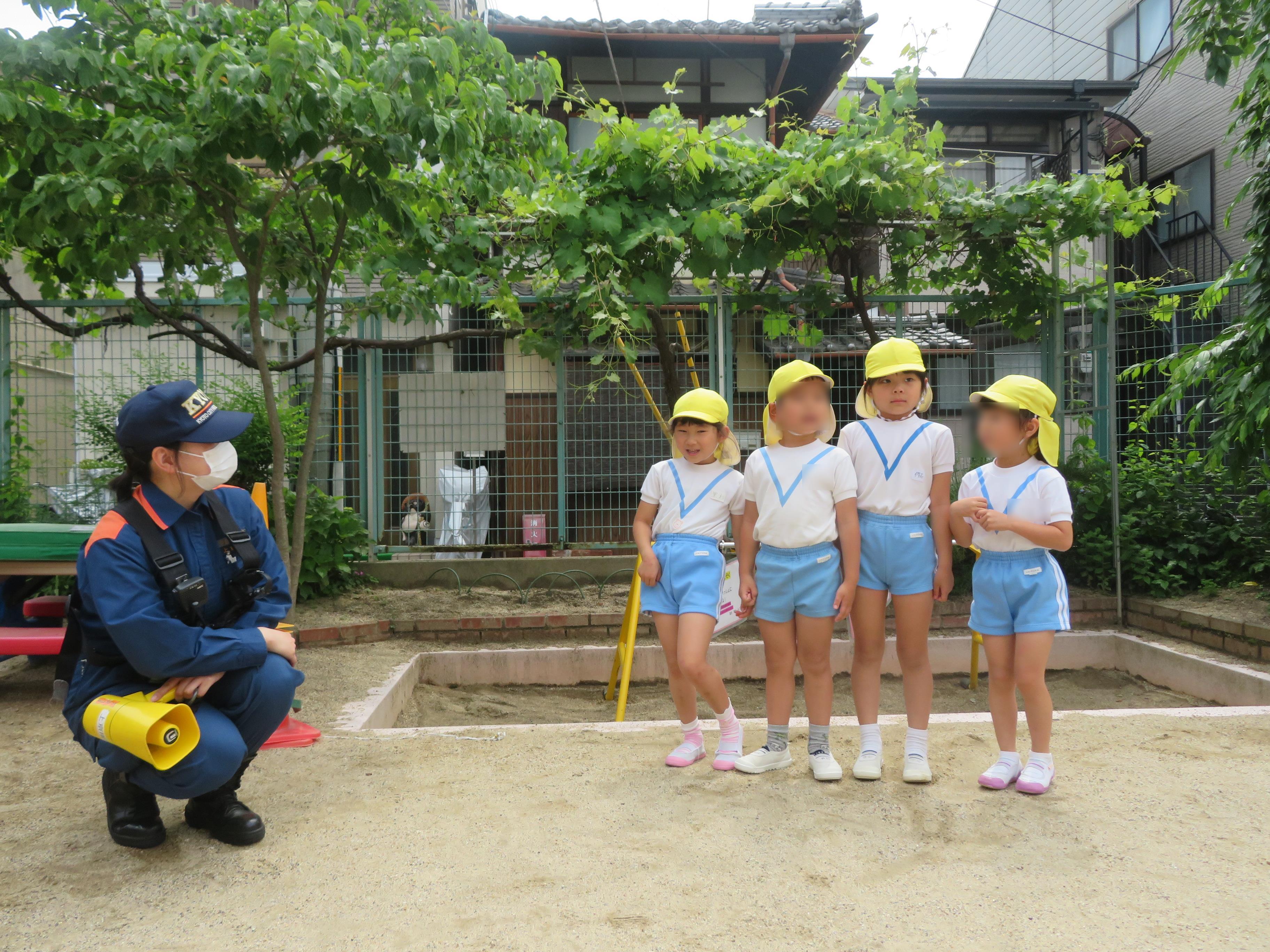 上京消防署との避難訓練